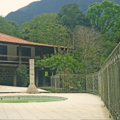 Linda casa Cachoeira de Macacu - 3 quartos + anexo 3 quartos piscina rio com cachoeira