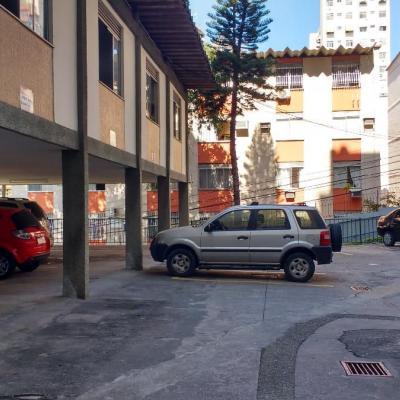 Oportunidade: Apartamento vazio 2 quartos + escritório + vaga menor preço