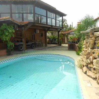Linda casa condomínio São Pedro Aldeia piscina
