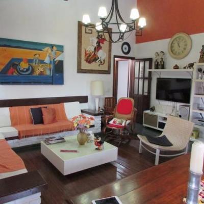 Casa em Búzios - Geribá - condomínio fechado