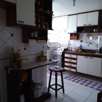 Bom apartamento Fonseca vista livre 2 quartos dep empregada vaga lazer